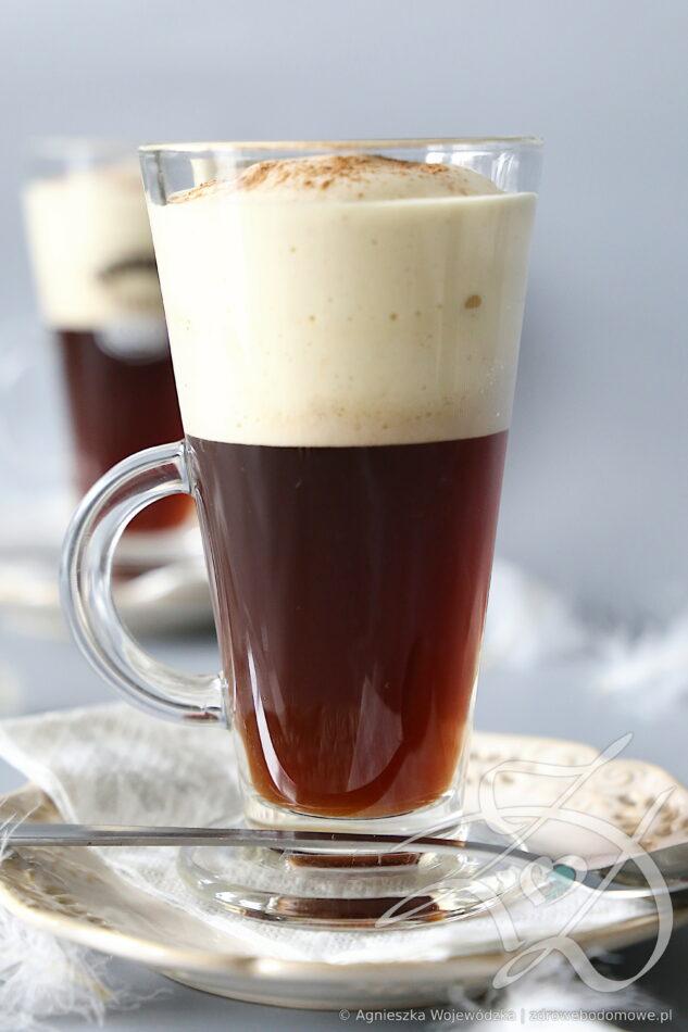 Kawa z Delikatną Waniliową Pianką w 2 minuty